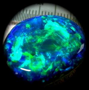 Black Opal , Australia official symbol ,opal